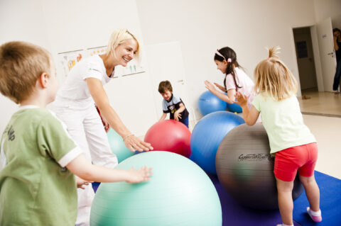 Fyzioktiv - ilustrace rehabilitace